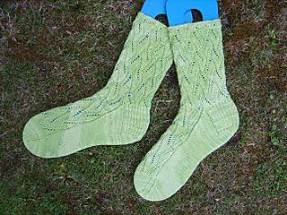 Twining leaf lace 1