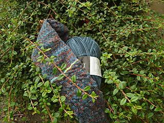 Switchback heel yarn