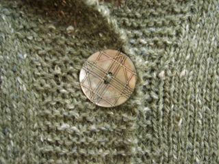Maggie button