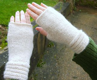 Welted mitts3