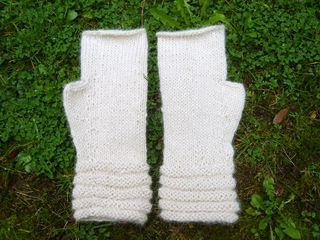 Welted mitts 1