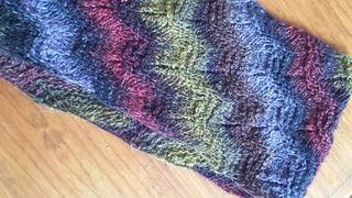 SIMPLY RIPPLED COWL